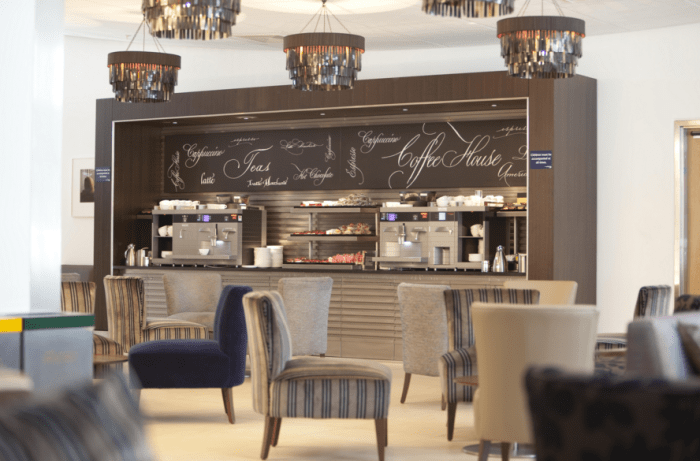 The Galleries Club Lounge at LHR: pretty, but there's not much to eat.