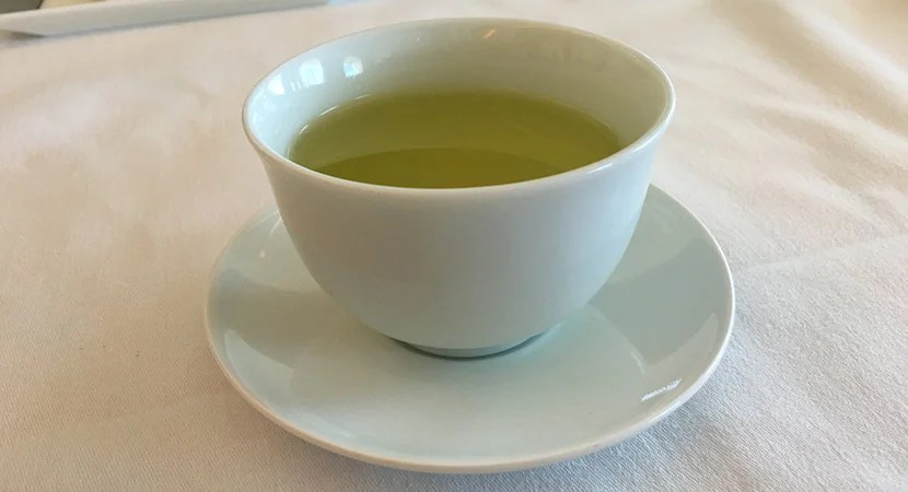 A cup of green tea helped to digest the Kyo-kaiseki meal.