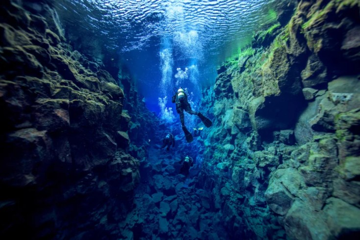 Diving in Silfra. Photo courtesy of Shutterstock.