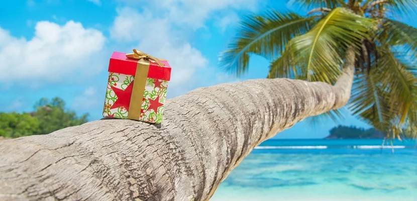 Gift present beach travel featured shutterstock 210226873