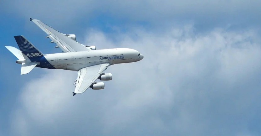 Airbus A380 Featured