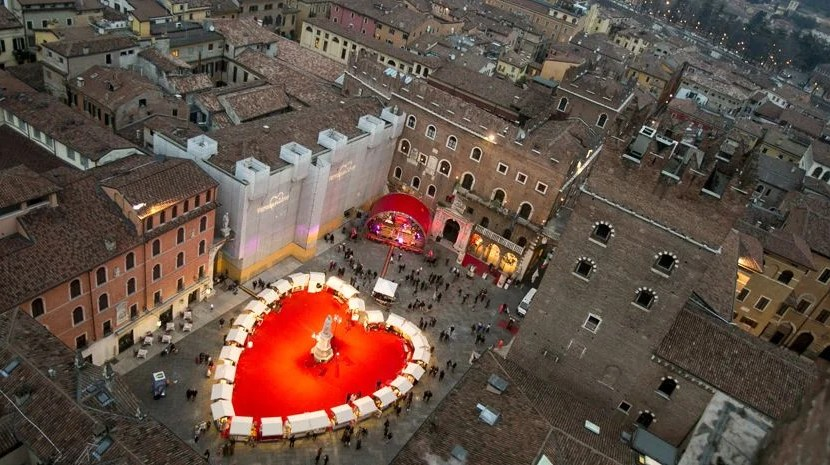 Verona gets all decked out for Valentine's Day. Photo by Ferruccio Dall'Aglio, courtesy of Verona's tourism board.