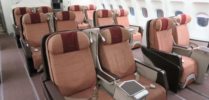 Iberia A340-300 business class cabin