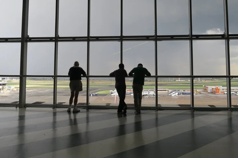 The free airfield viewing deck at JNB seemed to captivate those who found it.