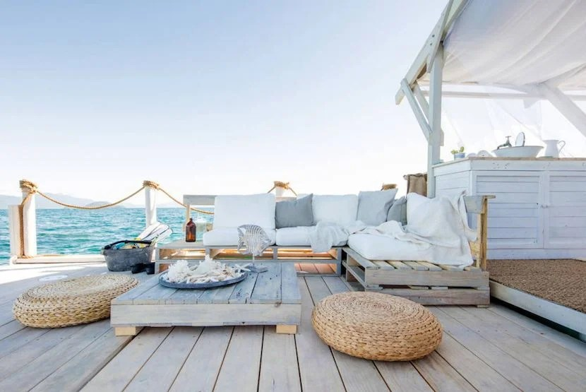 Don't miss your chance to win a night on the Great Barrier Reef. Enter to win by June 30. Image courtesy of Airbnb.