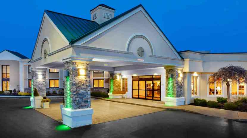 Holiday inn buffalo international airport image courtesy of the hotel