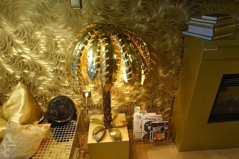 img-palm-tree-lights