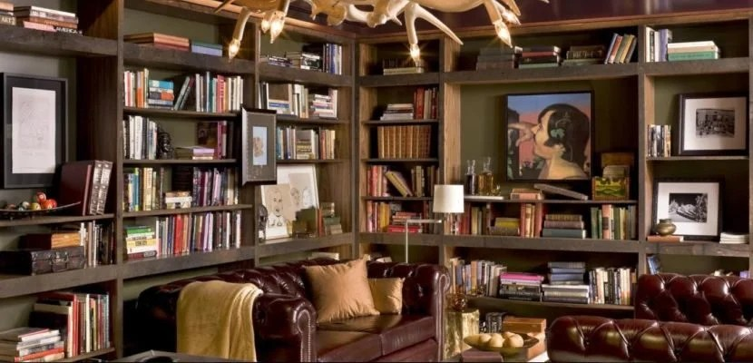 The Library at the Nines Hotel in Portland serves cocktails and snacks in a casual and comfortable setting.