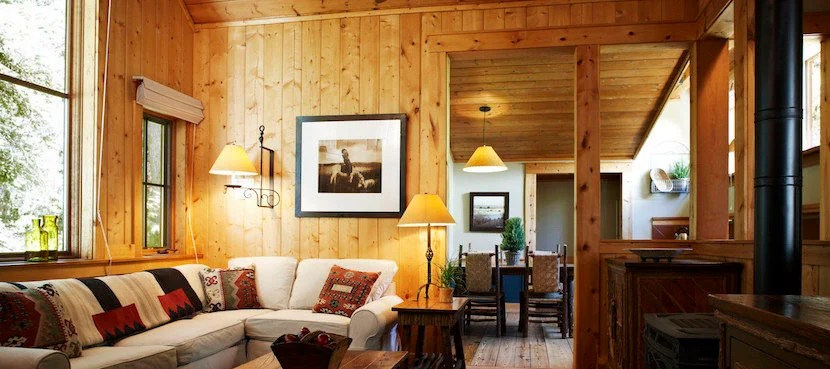 Rustic style and Hollywood glamour come together in Utah. Image courtesy of Sundance Mountain Resort.