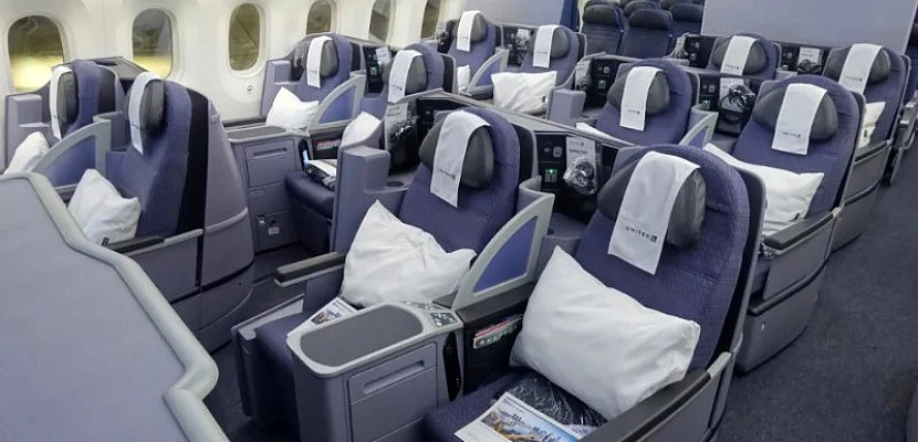 united business 787 featured