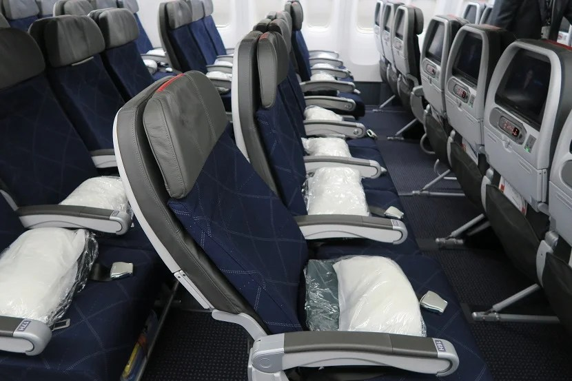 A Tour of American Airlines\u0027 New 777-200 Retrofit