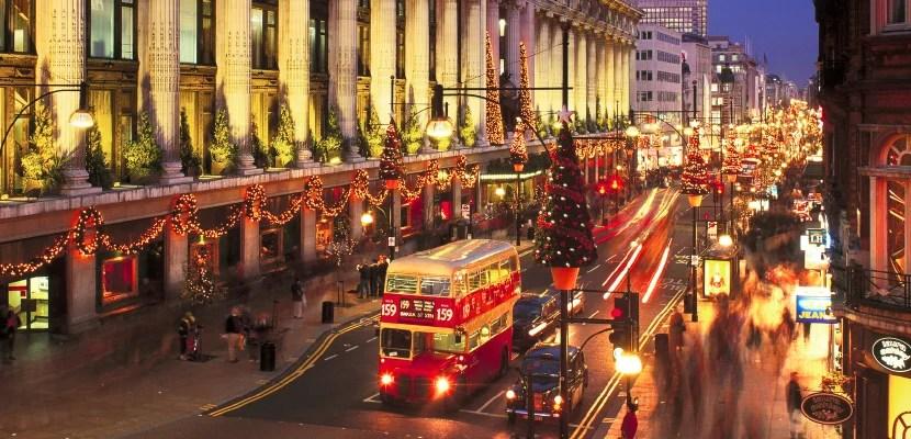Selfridge's Store and Oxford Street at Christmas, London, England, UK.