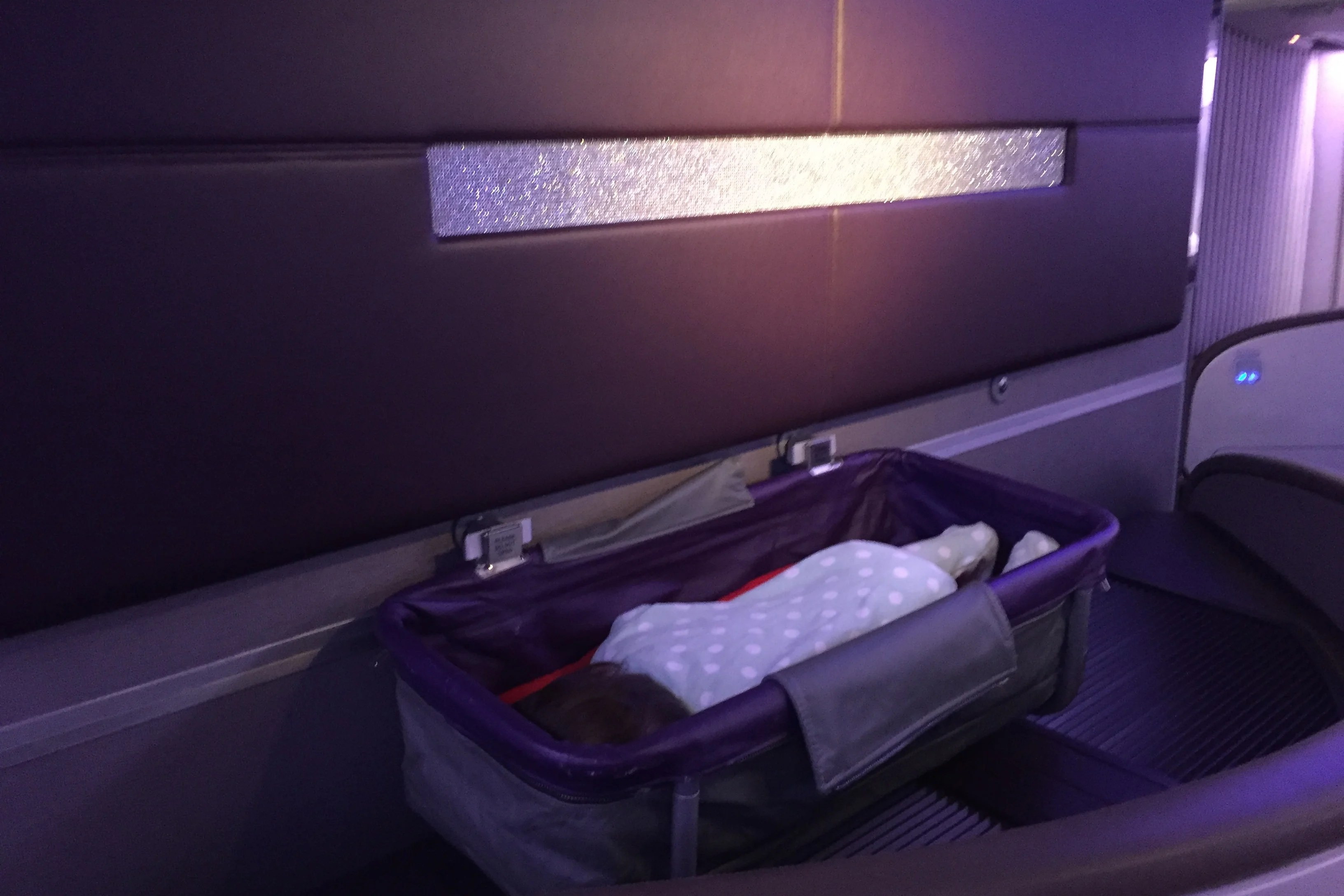 Baby Cot United Airlines Tips For Traveling In First Or Business Class With An Infant