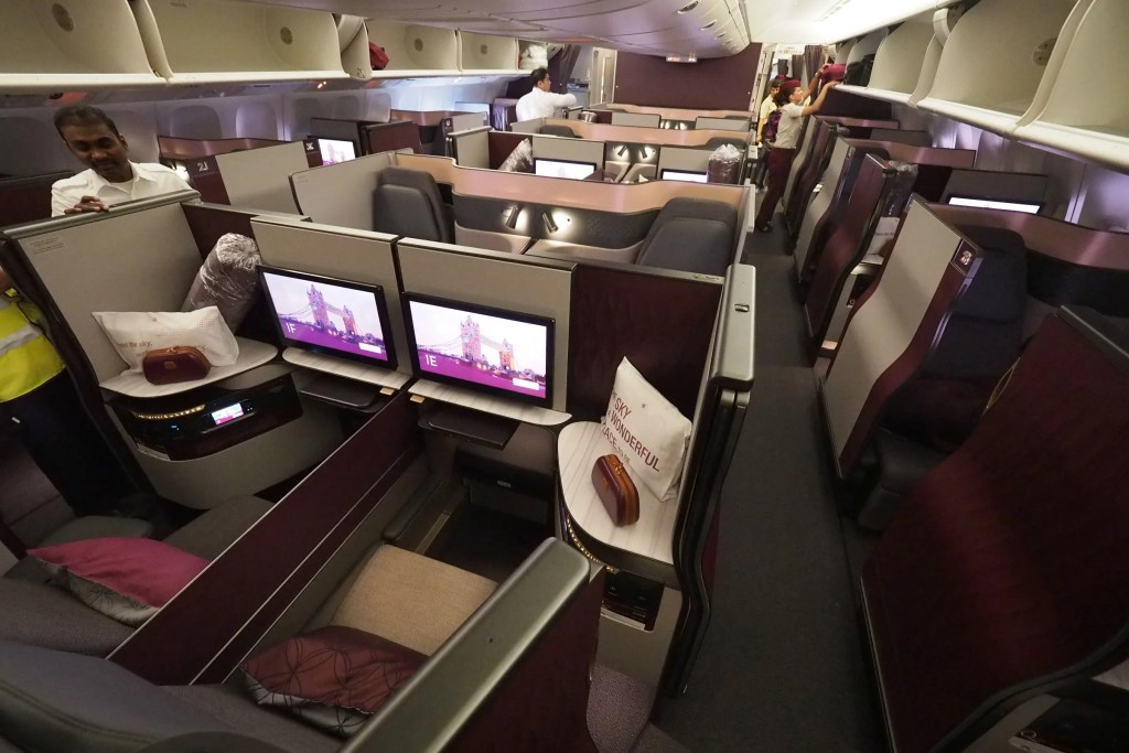 United airlines 777 business class