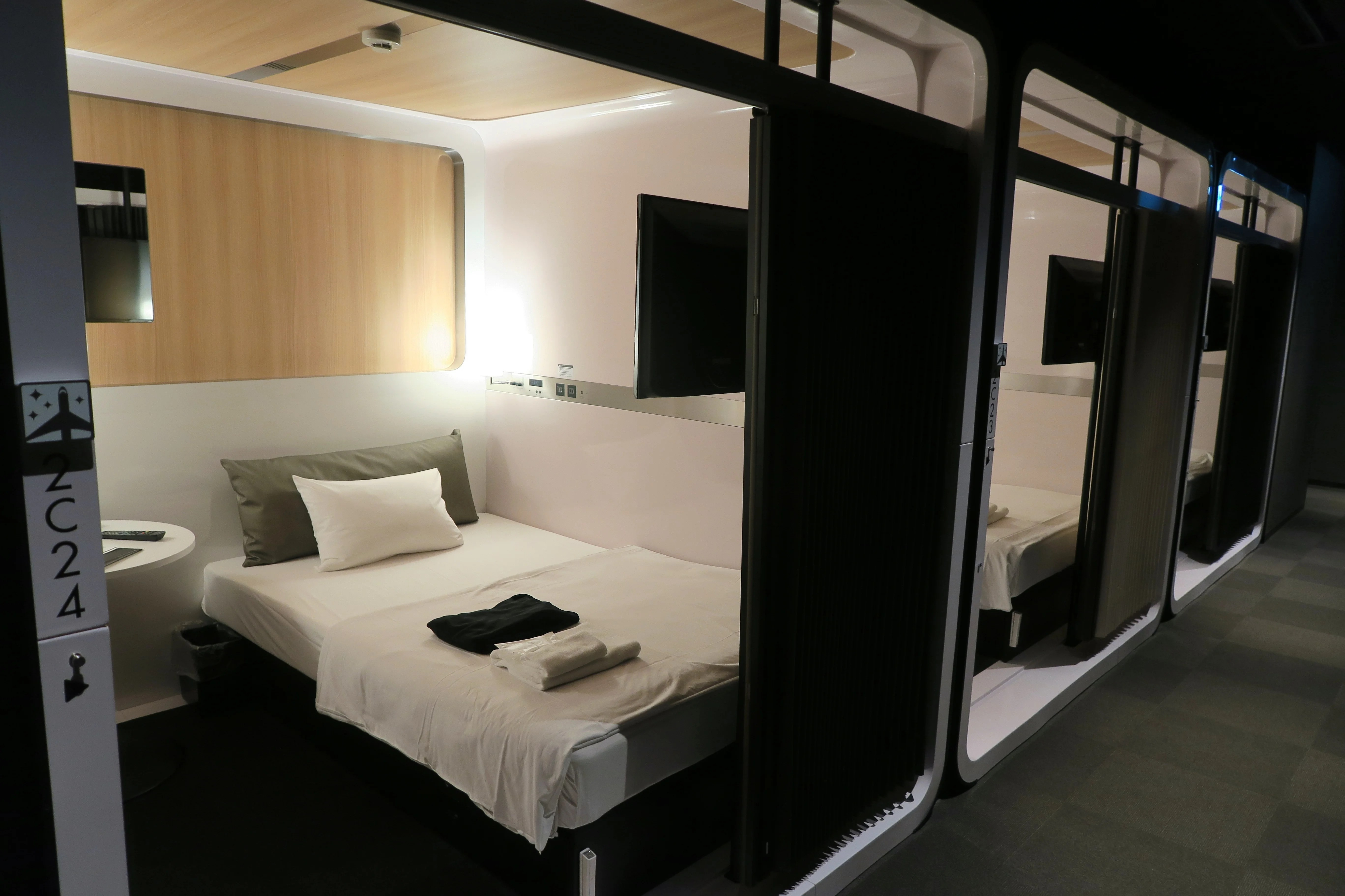 Kapselhotel Tokyo Hotel Review First Cabin Capsule Hotel In Tokyo