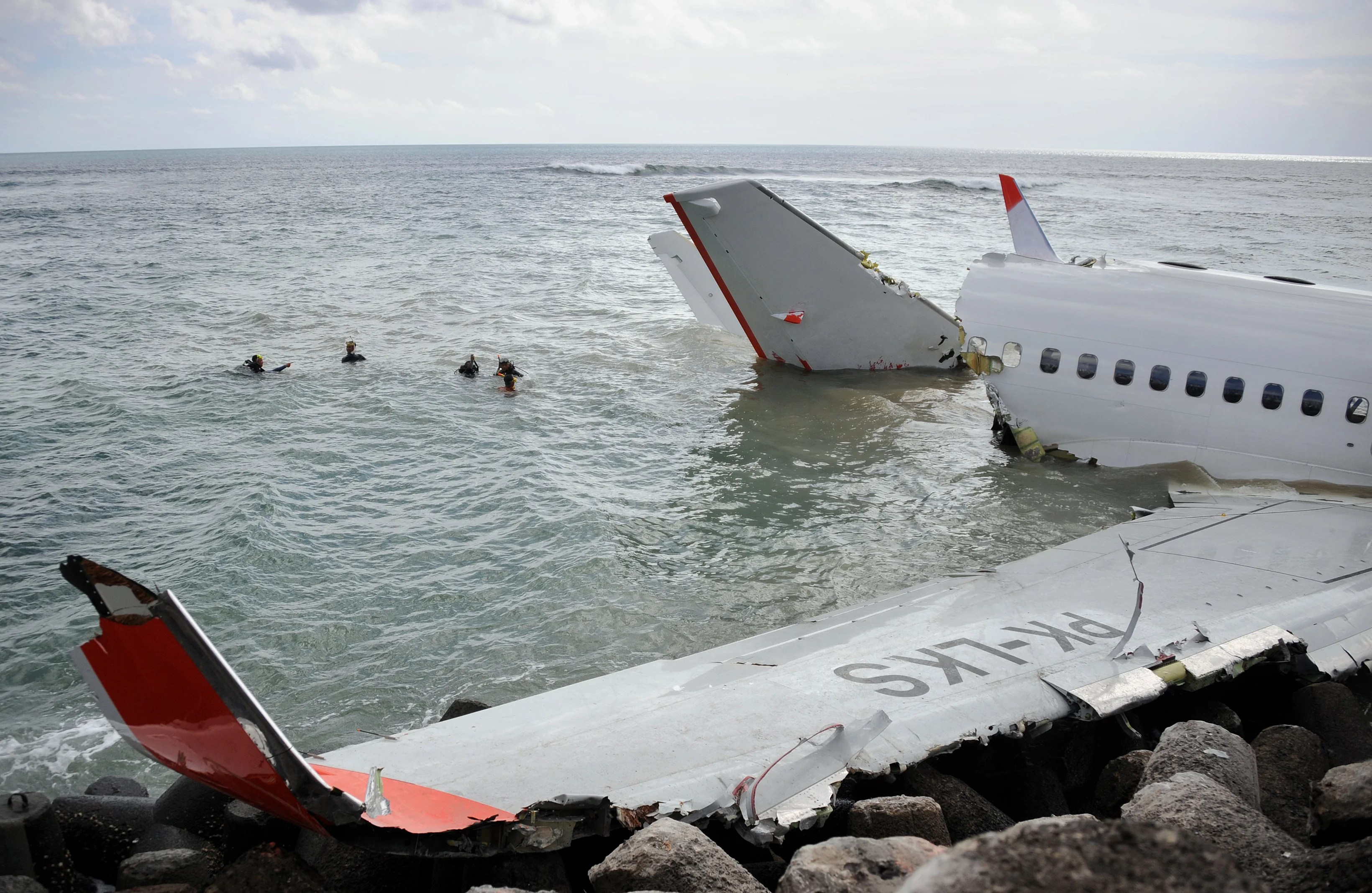 Lion Air Promo Experts Weigh In On Why Lion Air Flight 610 Crashed