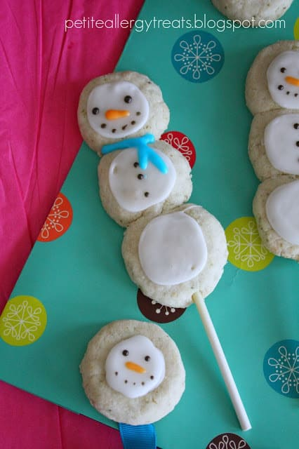 Snowman cookie pops from Petite Allergy Treats