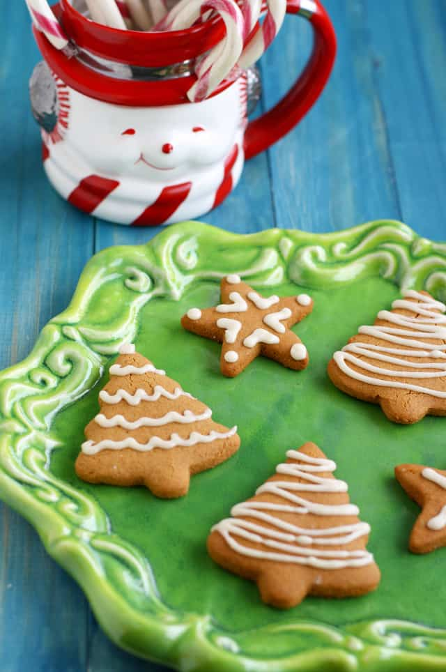 Make these gluten free and vegan gingerbread cookies for your next holiday party!