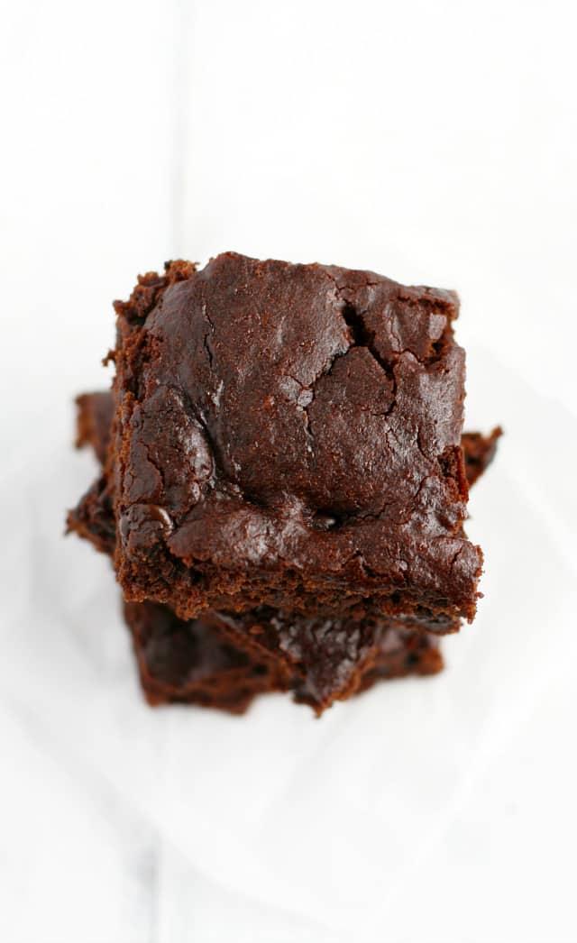 Gluten free and vegan chocolate gingerbread bars. #glutenfree
