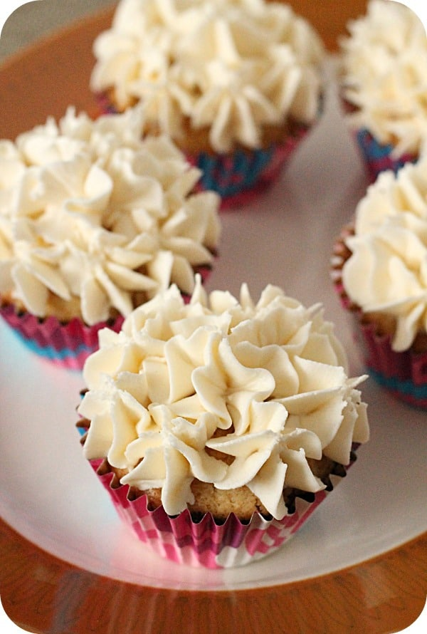 40 Delicious Cupcake recipes on theprettybee.com including Black Bottom Cupcakes from Vegan Mother Hubbard