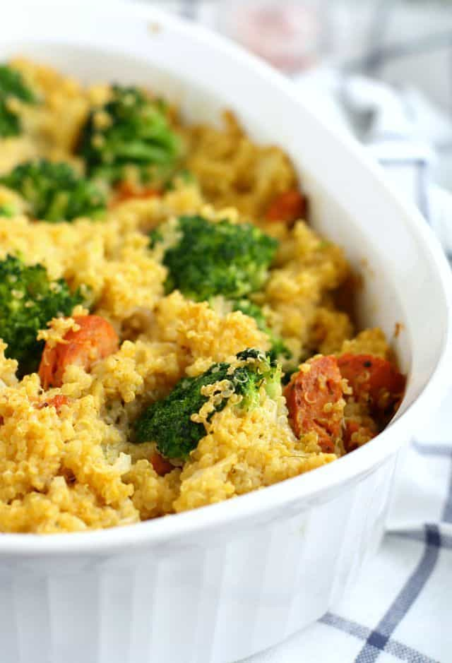 A cheesy, tasty quinoa casserole that's full of broccoli and sausage. Tasty and healthy comfort food!
