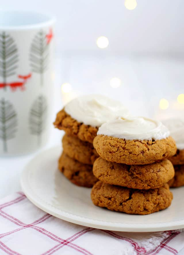 Frosted Molasses Cookies. - The Pretty Bee