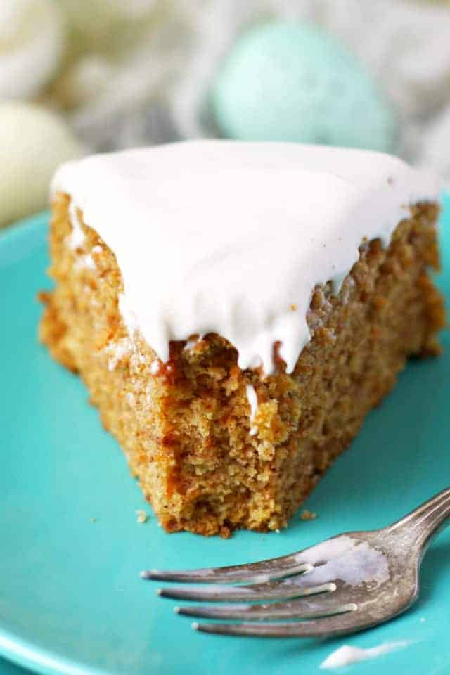 Carrot Cake with Cream Cheese Frosting (Gluten Free, Vegan).