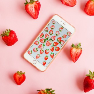 Strawberry Wallpaper Download via @theproperblog