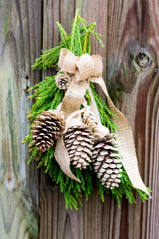 'Tis the season! Make an easy DIY pine cone sway for the holidays and get a inspirational eBook for creating handmade gifts from the kitchen!