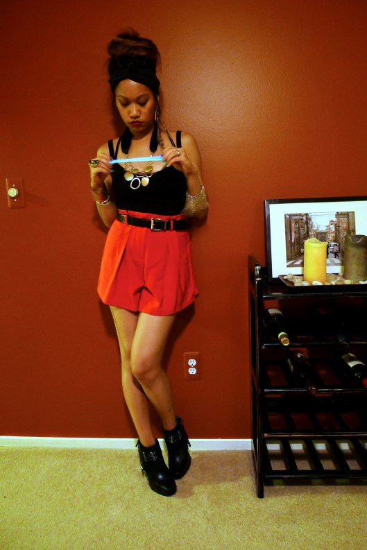 OOTD, High waisted red shorts, red chiffon shorts