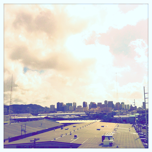 iphoneography, hipstamatic, honolulu skyline