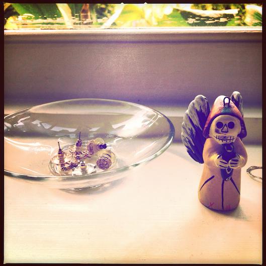 Jan Photo a Day, Instagram, Vintage jewelry organization, sugar skull ornament