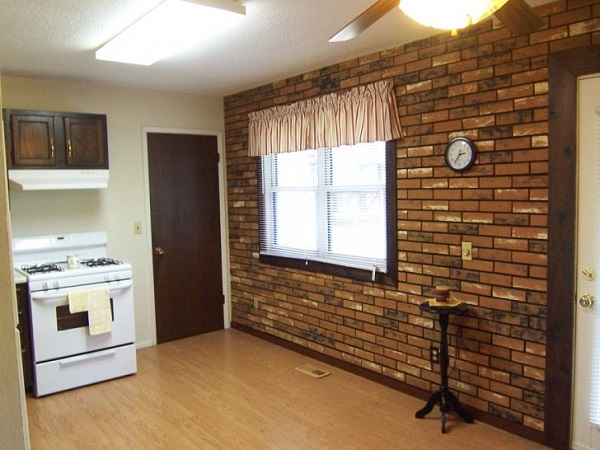 Fake-brick-wallpaper-design-for-kitchen-wall-plus-white-modern-stove-also-white-window-blinds-728x546