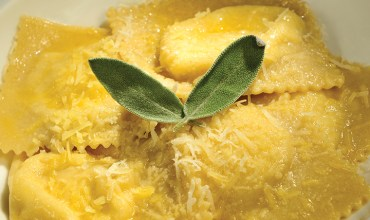 RESTAURANT Cenacolo - HAND MADE CHEESE RAVIOLI