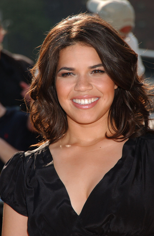Medium Hairstyles for Fat Round Faces