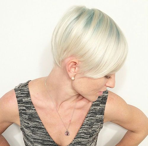short platinum hairstyle for fine hair
