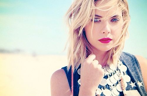 Ashley Benson shag haircut