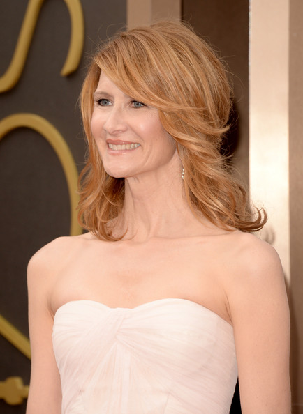 Laura Dern medium shag haircut