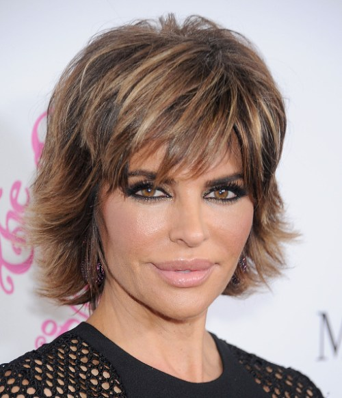 Hairstyles Photos : Lisa Rinna edgy hairstyle with flicks