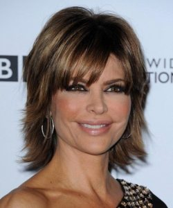 15 Spectacular Lisa Rinna Hairstyles