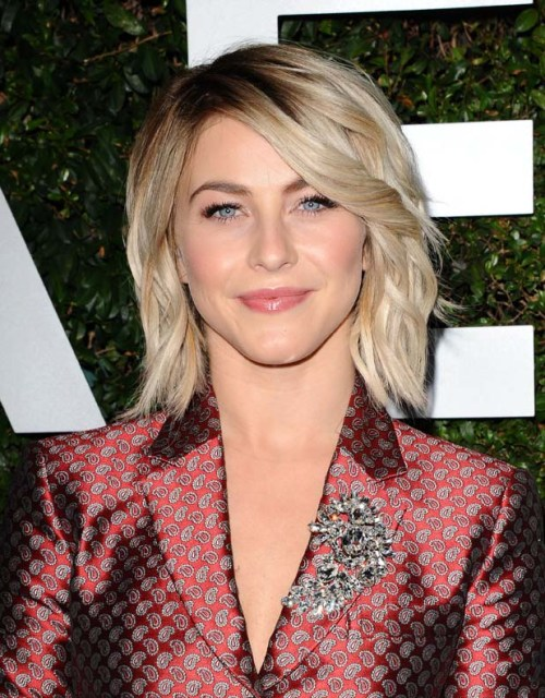 julianne hough layered bob haircut
