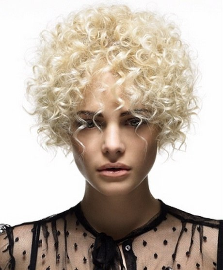 Short pixie for very curly hair