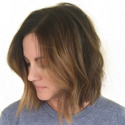 wavy bob with ombre highlights
