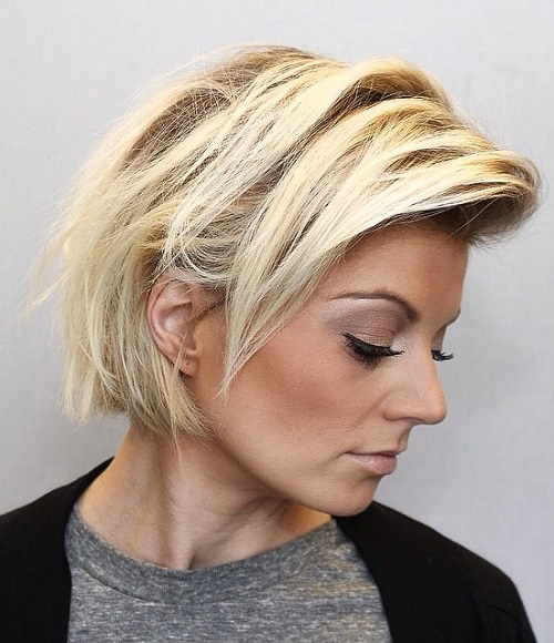 Blonde Messy Bob