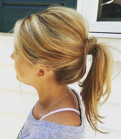tousled ponytail for medium hair