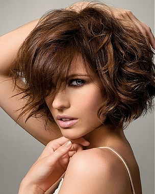 layered bob for thick wavy hair