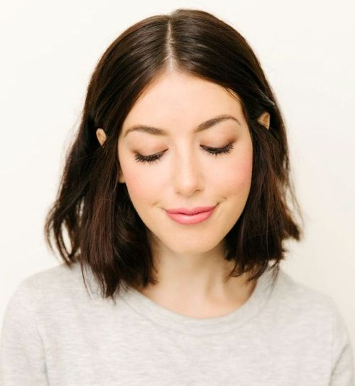 47: Shoulder-Length Haircut for Thin Hair with Natural Waves