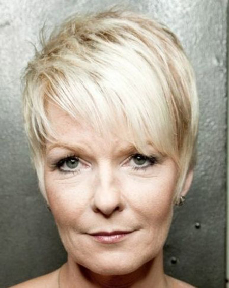 blonde pixie haircut for older women