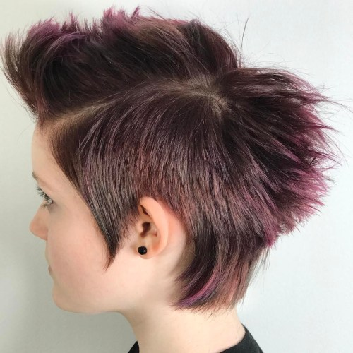 Short Razored Hairstyle For Girls
