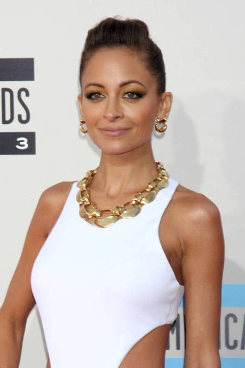 Nicole Richie Christmas hairstyle